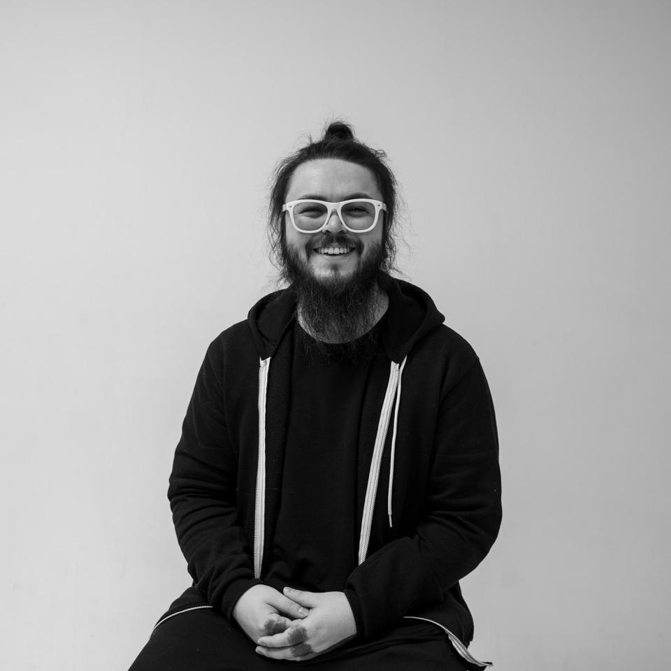 Andrew-Simon-copy@1440px